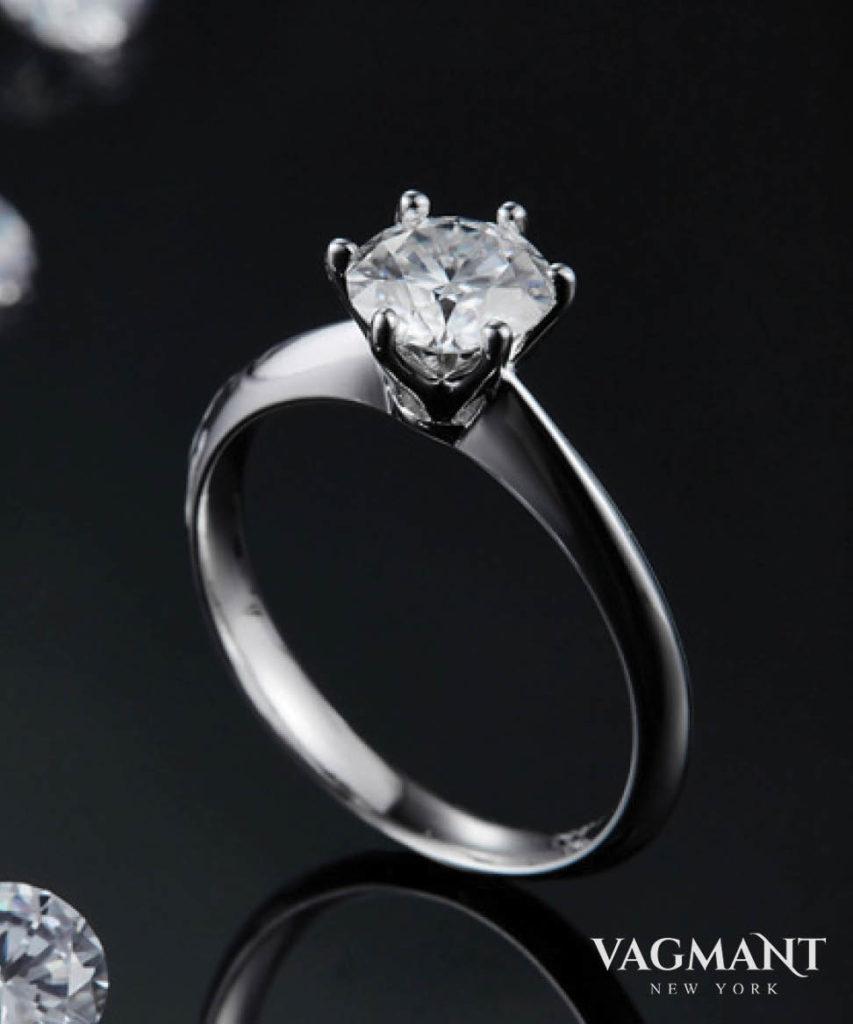 Vagmant® Aimer Seul Moissanite Ring