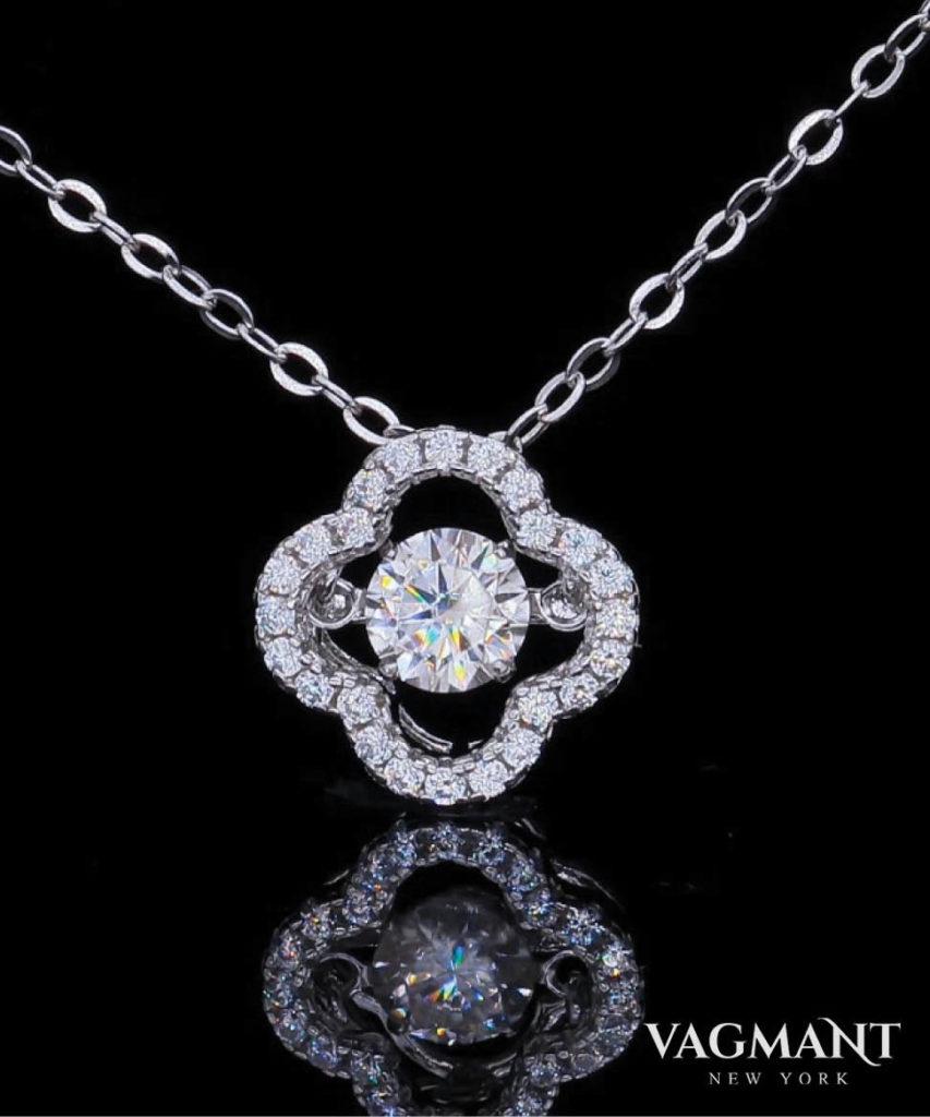 Vagmant® Lucky clover Necklace